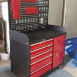 tủ đồ nghề có bảng treo dụng cụ cơ khí